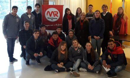Alumnos de Margarita visitaron la sede central de Romang F.C.