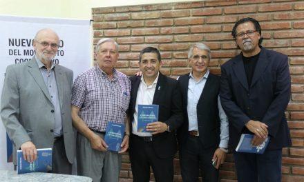 Presentación de un libro de Cooperativas en Mendoza