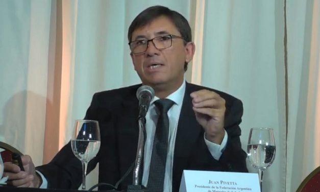 Juan Pivetta disertó en el Congreso Internacional  del Mutualismo en Uruguay