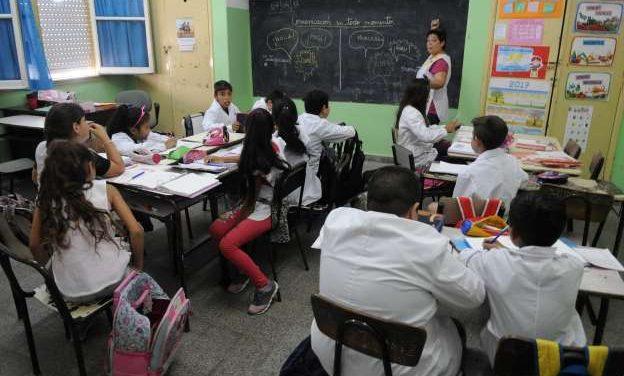 Alumnos de Norberto de la Riestra conformaron la primera cooperativa escolar de la localidad.