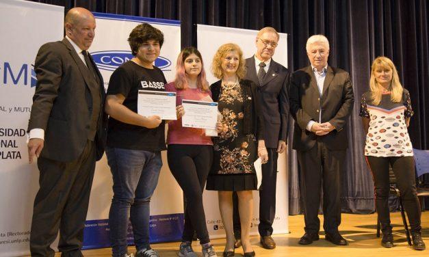 """La Plata: se entregaron los premios del concurso literario """"El Mutualismo del Siglo XXI"""""""