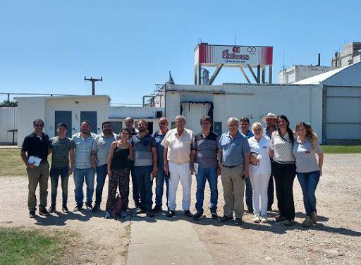 Un grupo de cooperativas lácteas suman sus productos a la emergencia alimentaria